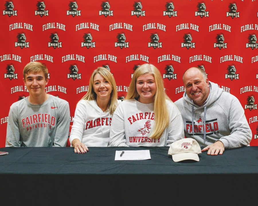 Amanda Kozak Commits to Fairfield University
