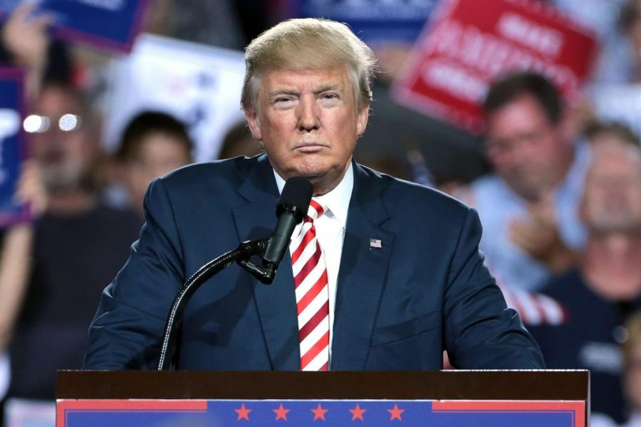 %09%0ADonald+Trump+speaking+with+supporters+at+a+campaign+rally+at+the+Prescott+Valley+Event+Center+in+Prescott+Valley%2C+Arizona.